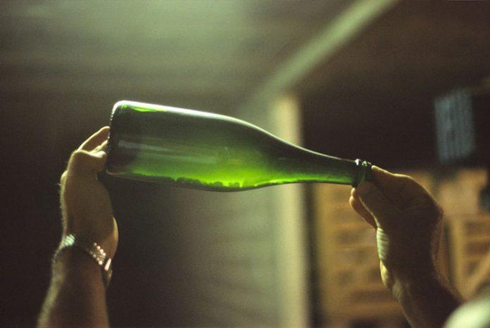 Après avoir effectué vin pétillant cette procédure production de vin