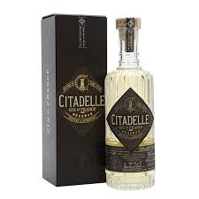citadelle - composition - review,